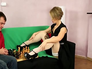 Short haired Czech milf getting nailed in sexy nylons. Full clip.