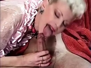 Milf blonde with black stockings in anal mmf