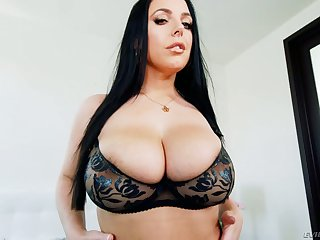 Wondrous dark haired sexpot Angela White lets dude fuck her anus hard