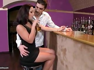 A stunning darkhaired searches for a little fun at the bar