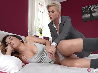 Kathy Anderson fucked Jimena Lago early in the morning