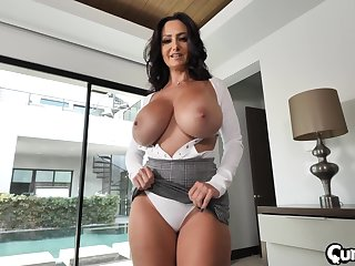 busty milf Ava Addams craving for hard dick deep inside her cunt