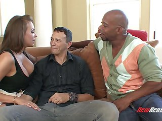 Hardcore interracial action with brunette MILF Nika Noire