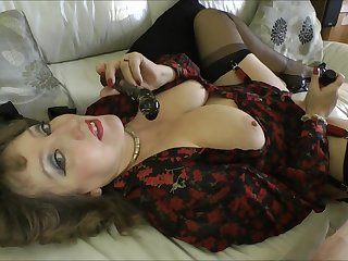 Naughty GILF loves huge cum-spitting dicks