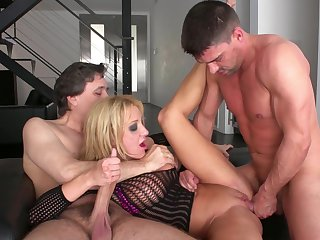 Ass-eating Amy Brooke gives all of herself to two lovers