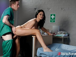 Fuckable filly Jasmine Jae gets dicked in a hospital room
