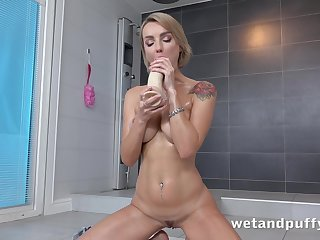 Sex-hungry bitch Ellen Milion is toying anal hole if different poses