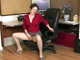 Dirty mature Artemisia enjoys playing with her wet hairy pussy